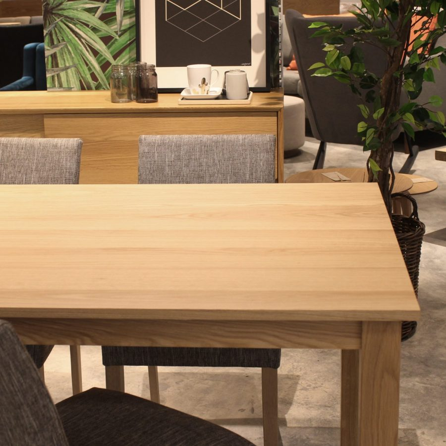 Parsons Natural Oak Dining Table