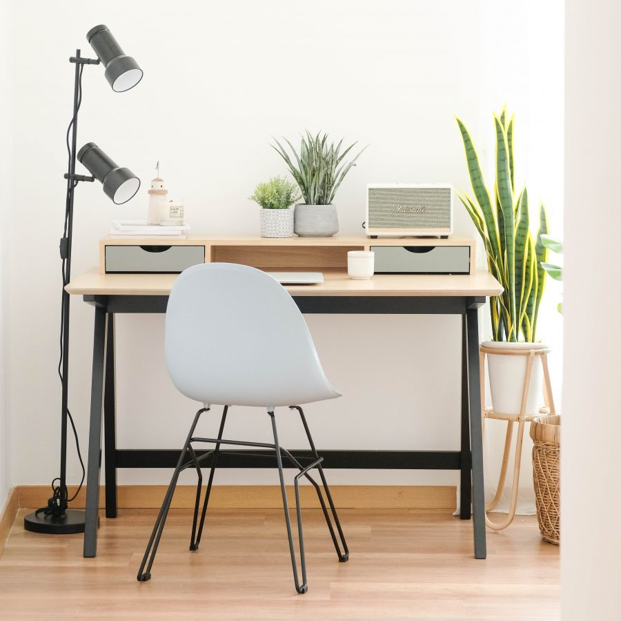 How to Create a Motivational Workspace for Yourself ?