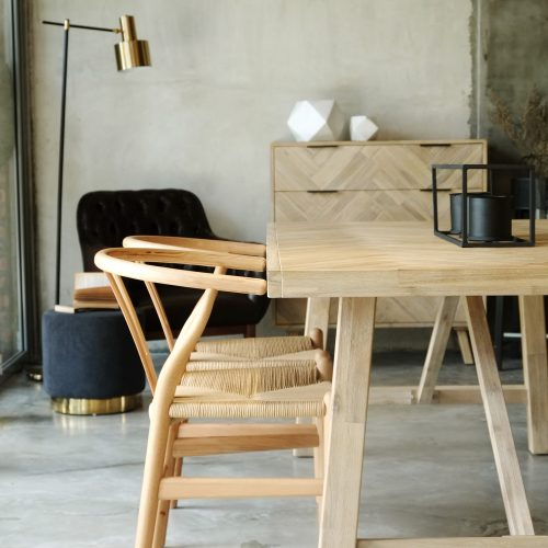How to Choose the Perfect Solid Wood Dining Table for Your Home